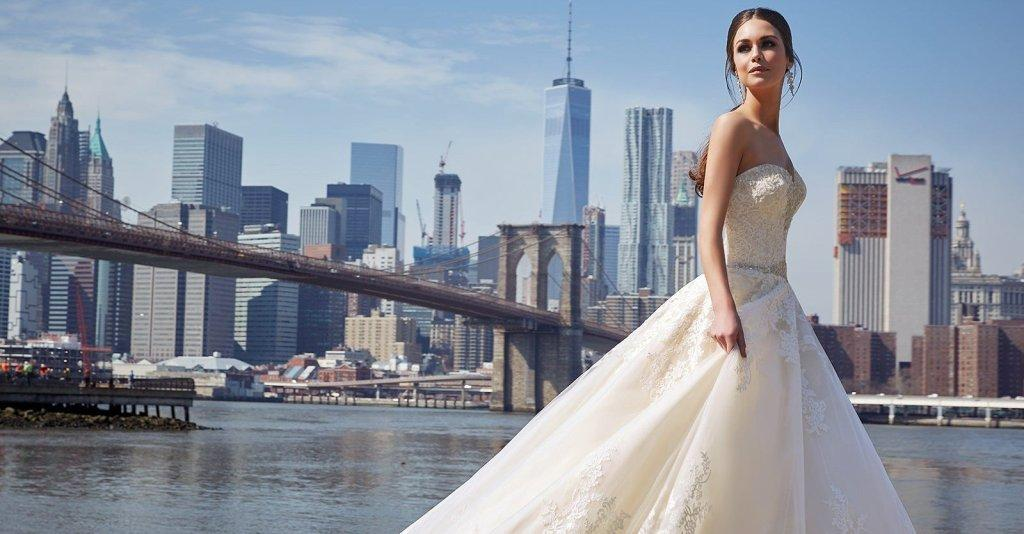 Свадебный салон. Свадебные платья.